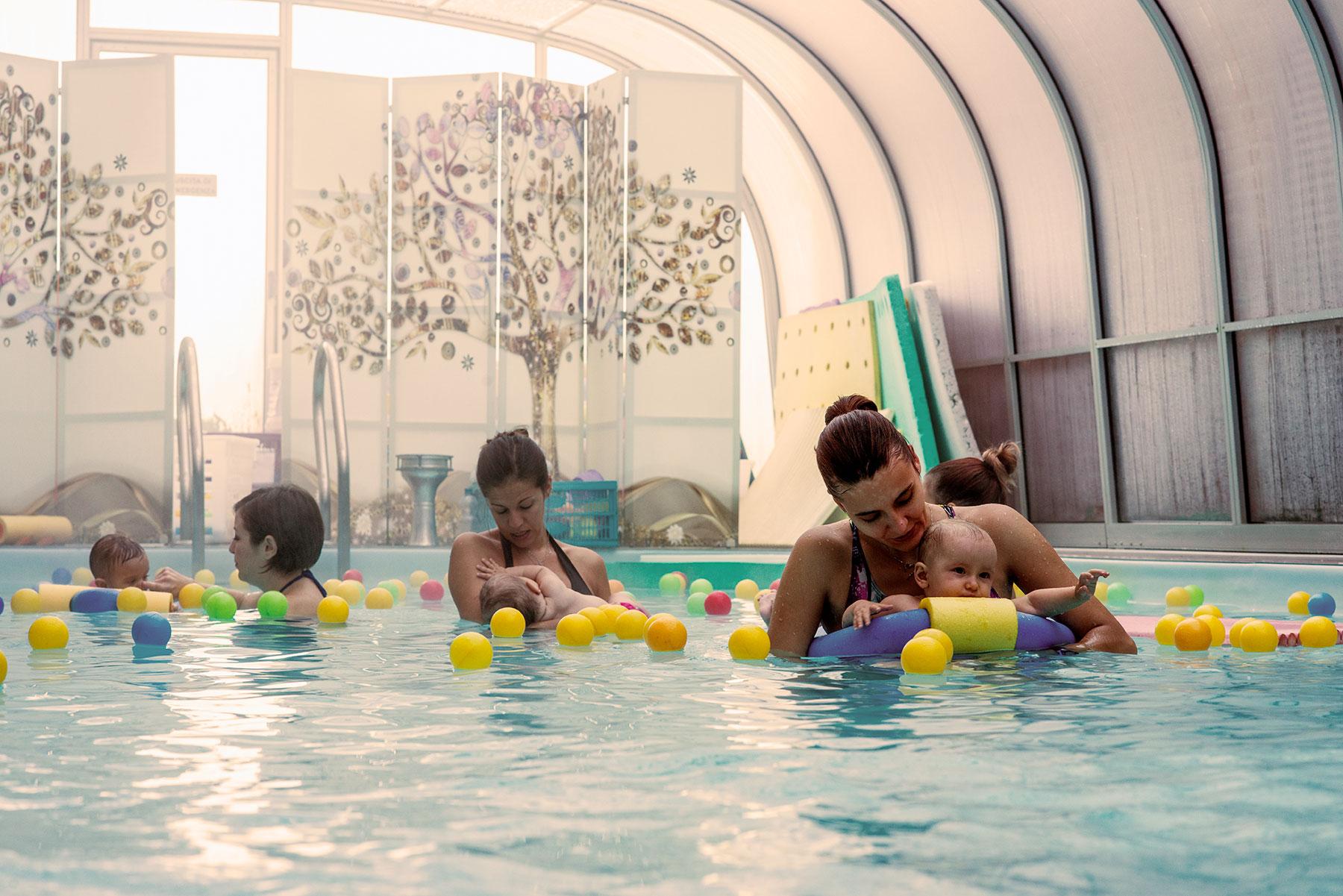 piscina per trattamenti e massaggi