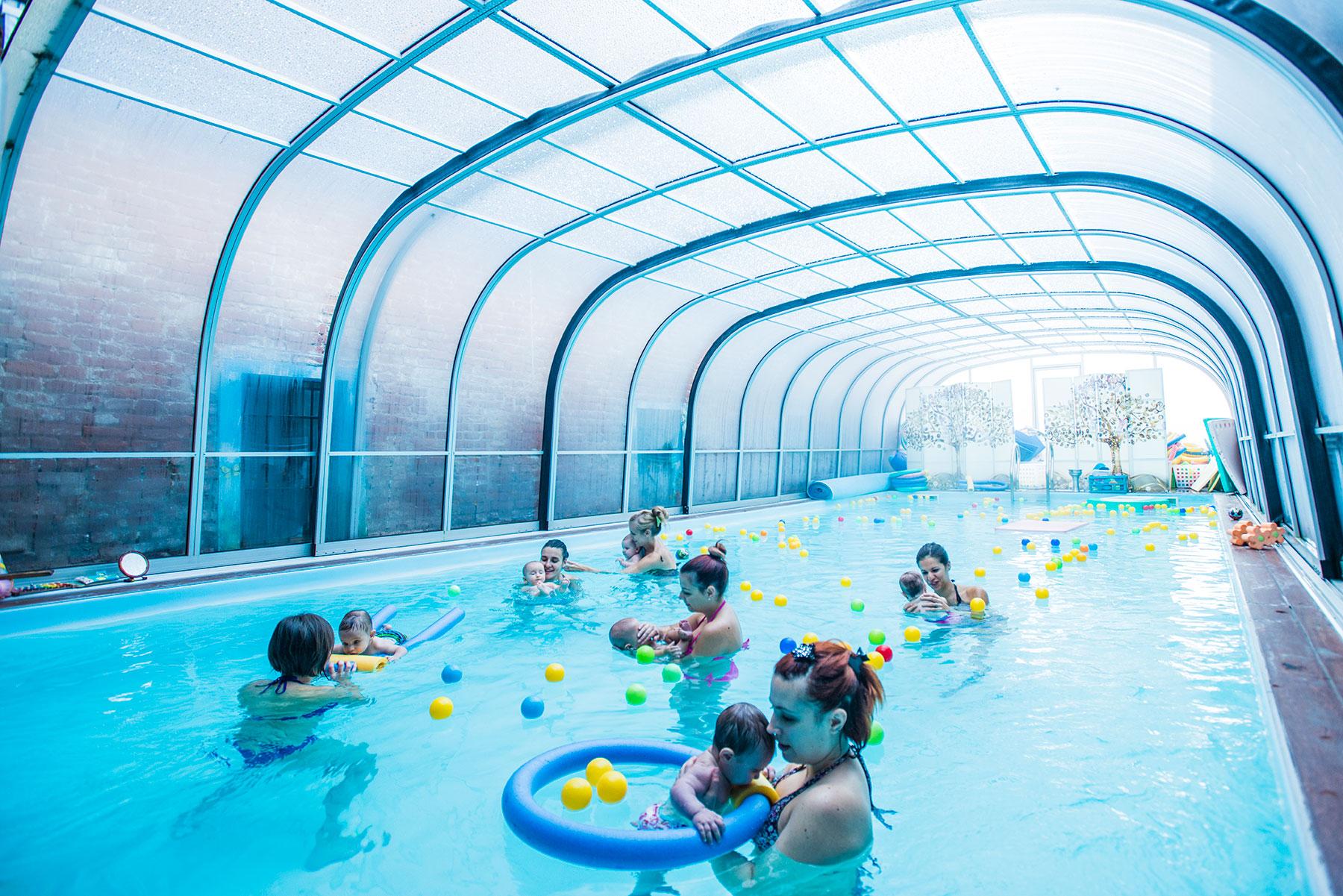 piscina per bambini e neonati